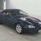 (19)  Jaguar XK8 cabrio bleu